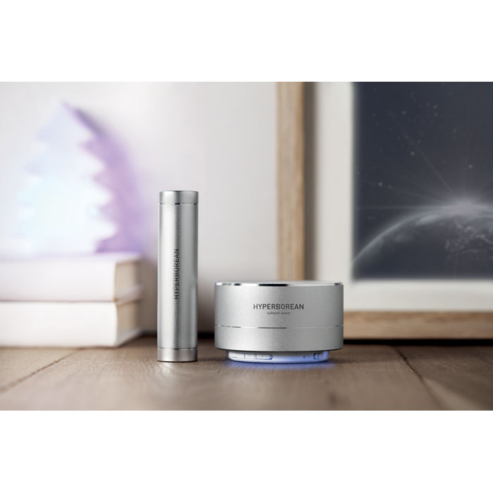 Afbeelding van 10 st. Bedrukte powerbank set + Bluetooth luidspreker 2200 mAh bedrukken relatiegeschenk In 3 werkdagen