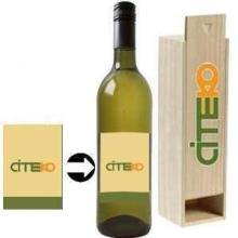Chardonnay met eigen etiket & kist