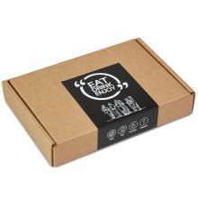 Brievenbuspakket met houten flesopener gegraveerd met jouw naam | BBQfoodbox002