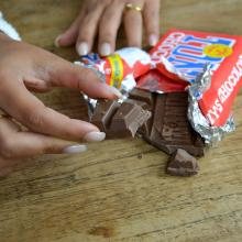 Tony's Chocolonely   Chocolade reep met full colour banderol   180 gram   max08