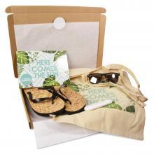 Gegraveerde zonnebril | Met slippers, zonnebrand & katoenen zomertas | Summerbox001 CustomMade