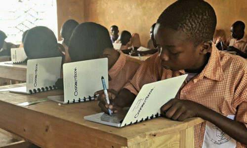 De strijd tegen analfabetisme met notitieboekjes